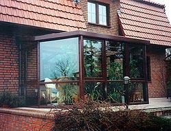 winterg rten aus aluminium wintergarten aus aluminium. Black Bedroom Furniture Sets. Home Design Ideas
